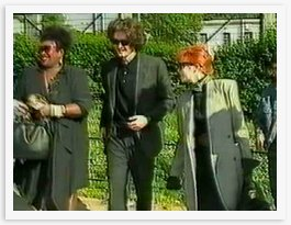 Mylène et l'absence de Boutonnat dans Mylène AU FIL DES MOTS 1989-03-c
