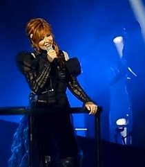 mylene-farmer_reference_article